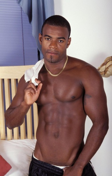 black-sexy-male-strippers-cock-pic-masturbating-gymnast